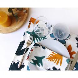 A table avec la collection Une Forêt Diversifiée