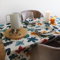A table avec la collection Une Forêt Mosaïque